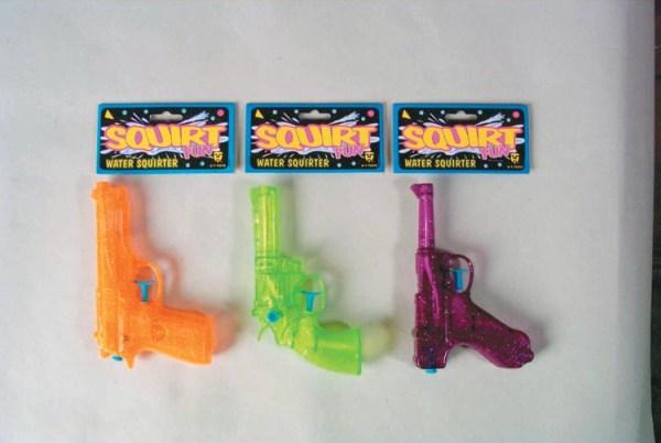 """6"""" Water Guns - Assorted   7-178"""