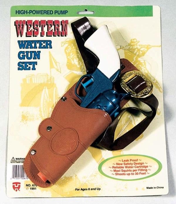 Western Water Gun with Holster   7-670