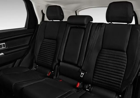 Land Rover Discovery 2018 back seats