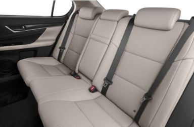 Lexus GS 2018 back seats