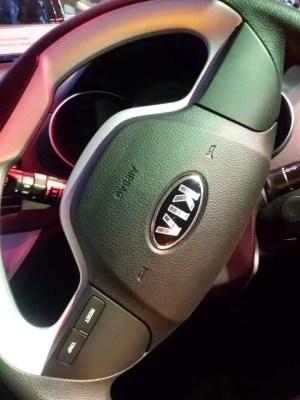 KIA Picanto steering