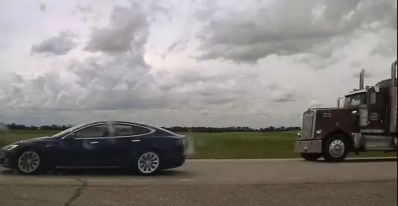 Man Charged for Sleeping in a Tesla with a speed of 150 kmph Tesla Autopilot