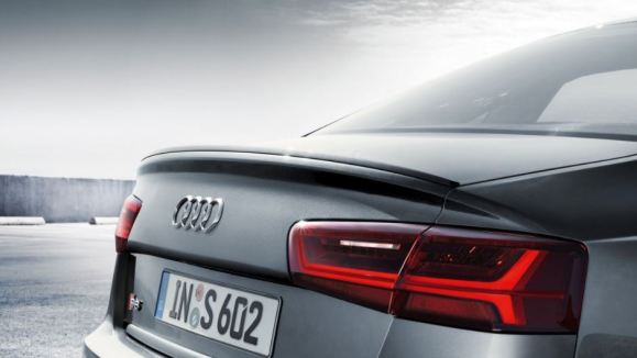 4th generation Audi A6 tail lamps view