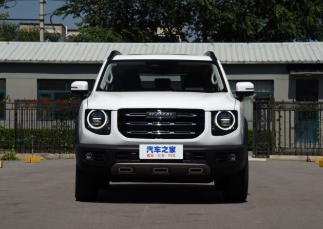 1st generation Haval Big Dog SUV full front view