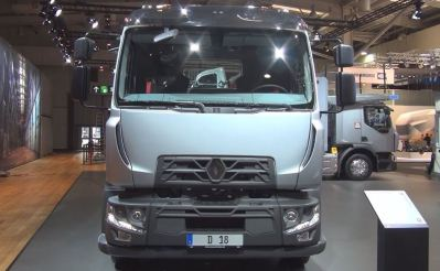 Renault D 280 Commercial Medium Truck full front view