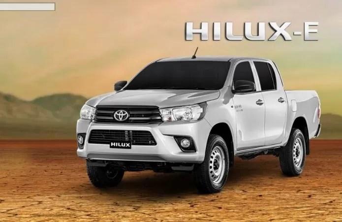 8th generation Toyota hilux E pickup truck presentation image