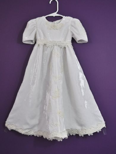 AndersonL gown