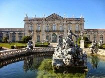 Fonte: http://traveling-living.blogspot.com.br/2013/10/lisboa-palacio-de-queluz.html