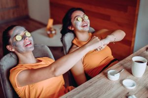 Read more about the article 24 DIY Home Spa Treatments that Won't Break the Bank