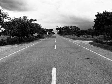 route noir et blanc