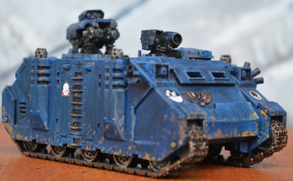Command Squad Razorback (twin-linked heavy bolters)