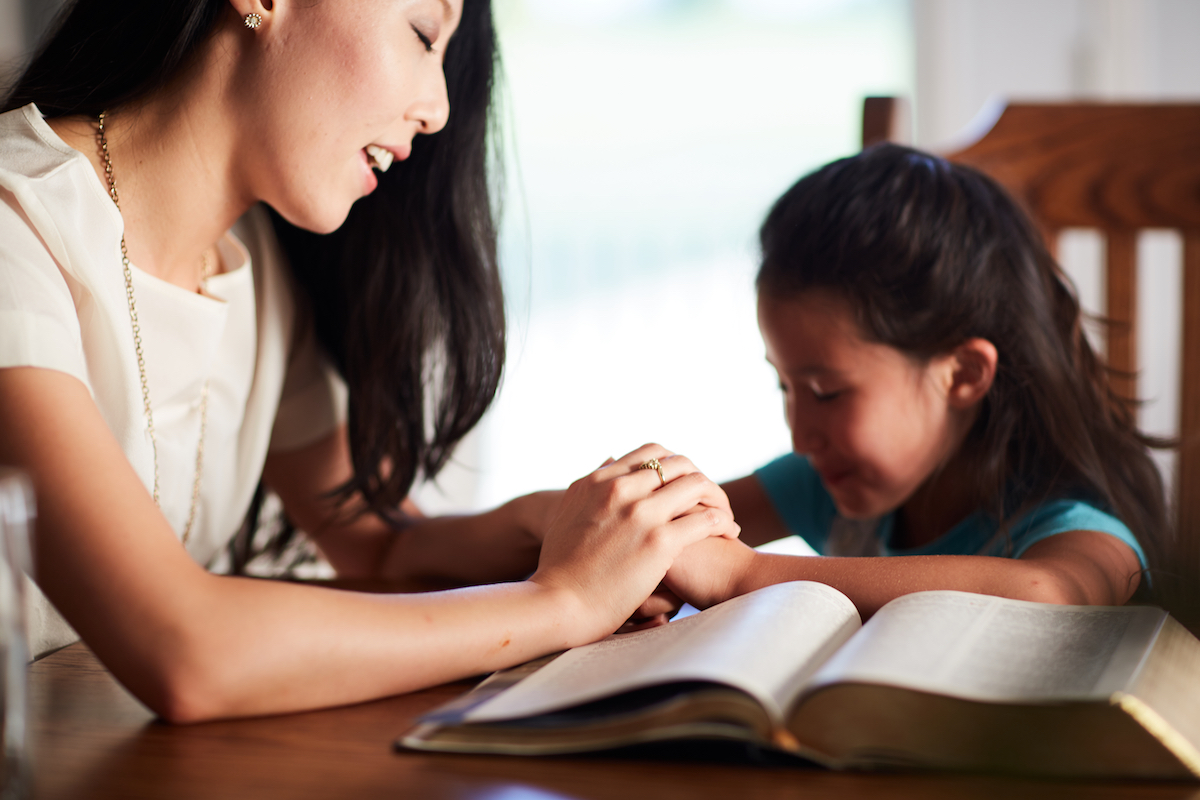 pray with your kids consistently with the Family Scripture + Prayer Calendar!!