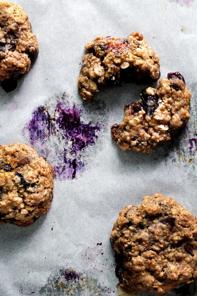 Monday Blue-Berry Oatmeal Cookie | Faith, Hope, Love, and Luck Survive Despite a Whiskered Accomplice