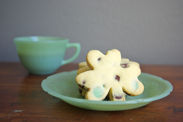 Shamrock Shortbread | Faith, Hope, Love, and Luck Survive Despite a Whiskered Accomplice