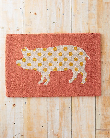 Pig Silhouette Hooked Wool Rug | Faith, Hope, Love, and Luck Survive Despite a Whiskered Accomplice