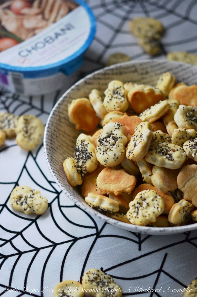 Homemade Everything Crackers   Faith, Hope, Love, and Luck Survive Despite a Whiskered Accomplice
