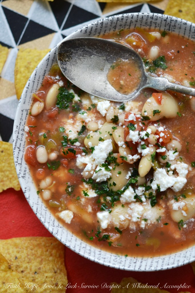 In less than ten minutes, you can make a healthy vegetarian soup dish, with very little work involved...unless you consider using a can opener work.