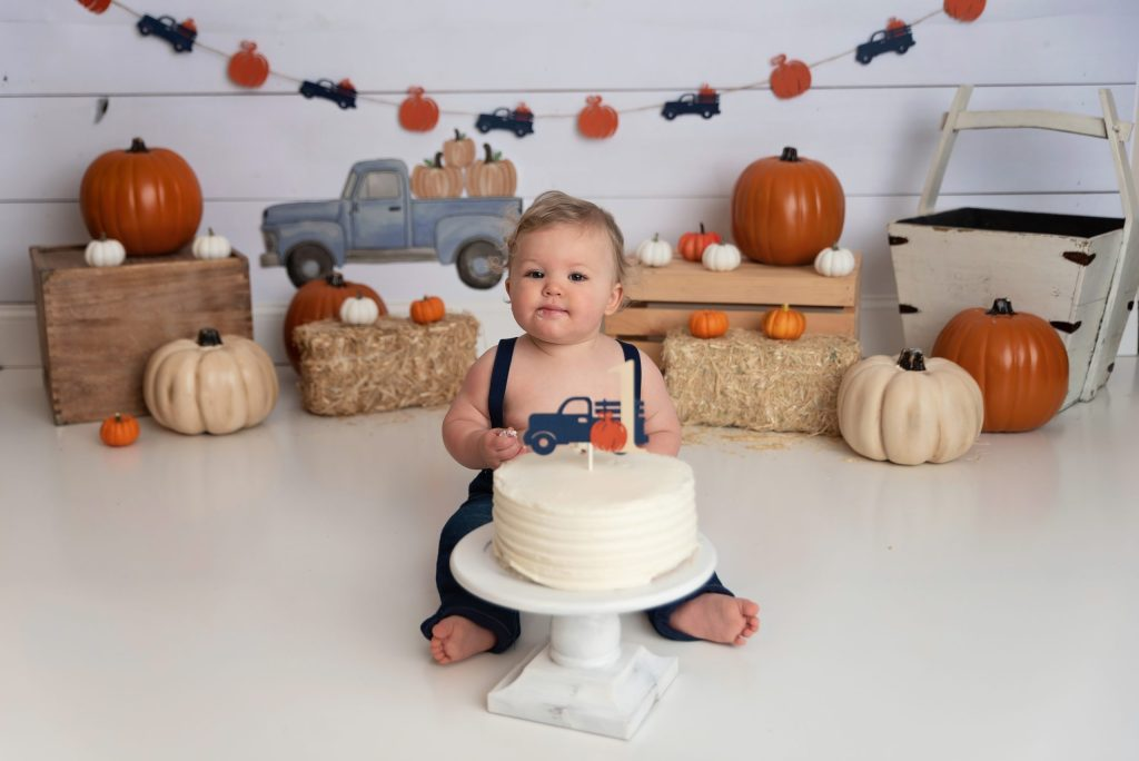 pumpkin blue truck cake smash