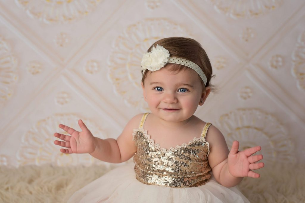 gold themed baby pictures