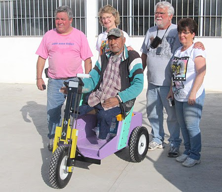 Gifting a much needed wheelchair in Reynosa