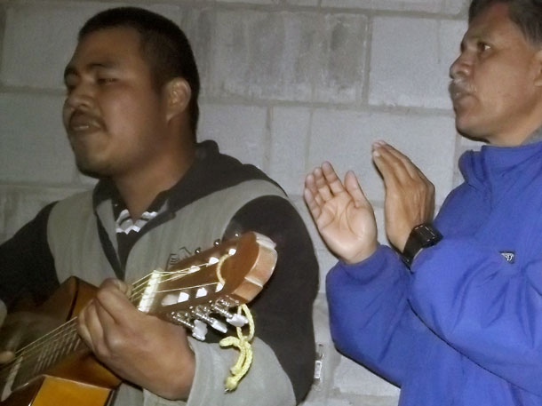 Singing songs with families in Miguel Aleman