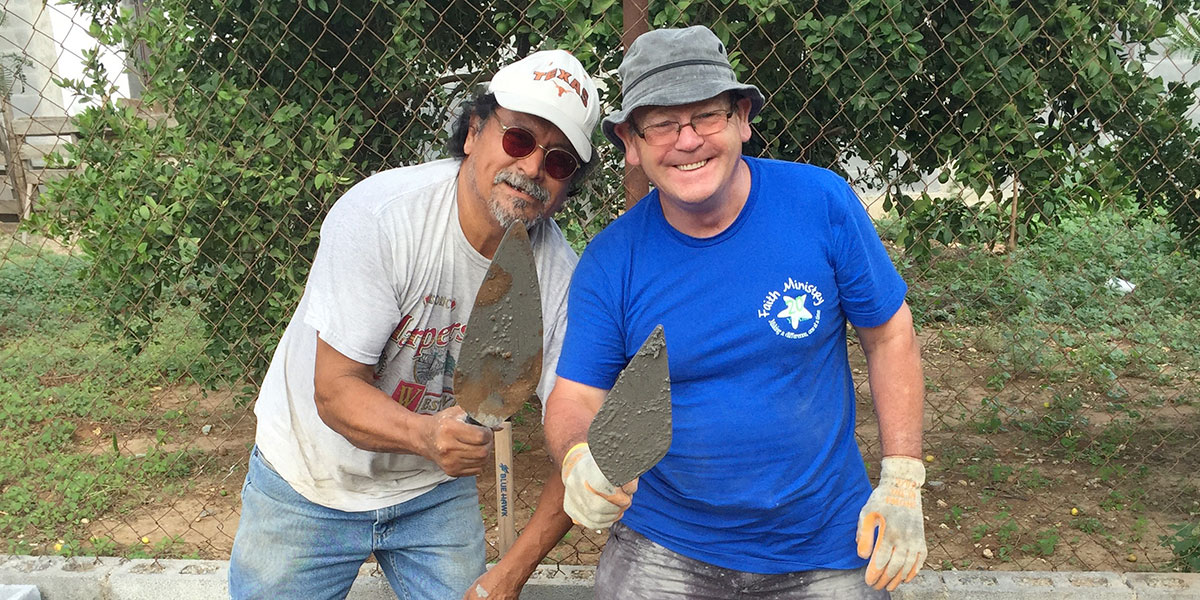 Friends from Mexico and Scotland working together in Reynosa