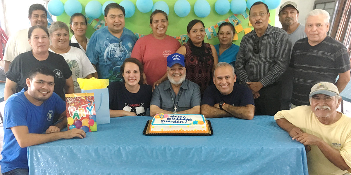 The staff and volunteers celebrating Deantins birthday in Reynosa