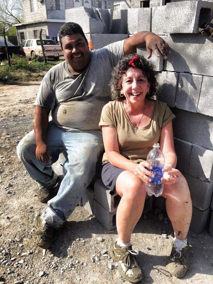 Friends Angel and Carla taking a break in Reynosa