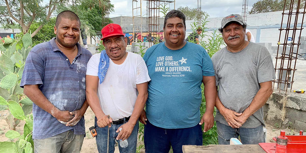 Faith Ministry foremen from Reynosa and Miguel Aleman working together in Naranjito