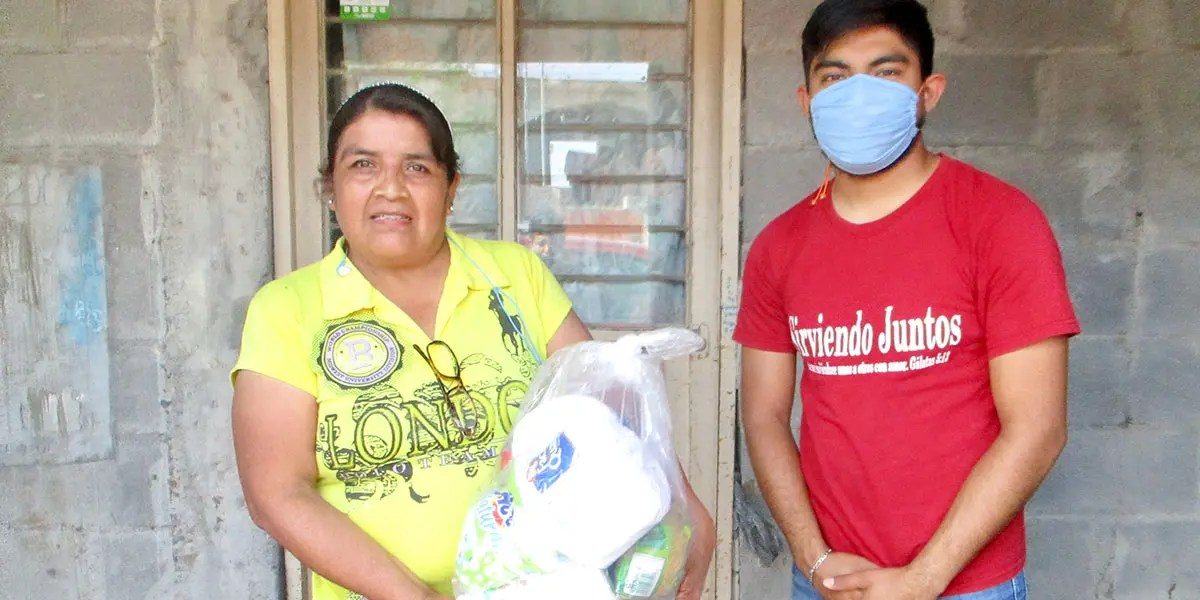 Delivering grocery packages to families in need in Reynosa