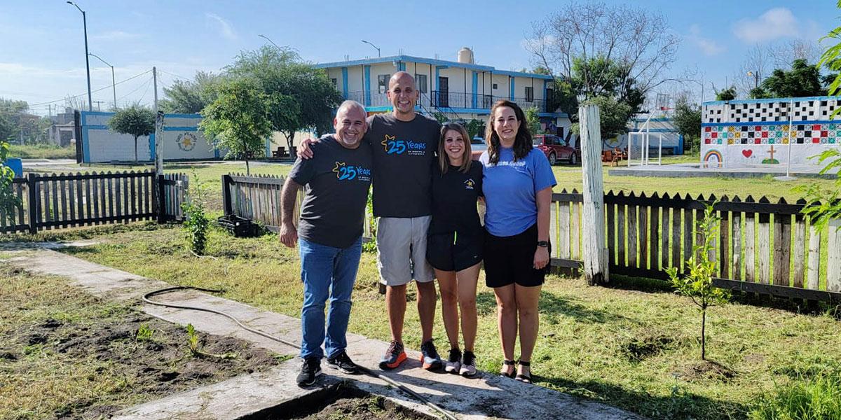 Nathan and Molly with David and Colleen in Naranjito Mexico