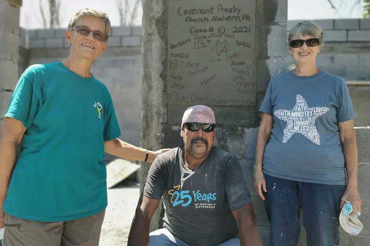 The team from Covenant Presbyterian with the homeowner of Casa 10 in Reynosa Mexico