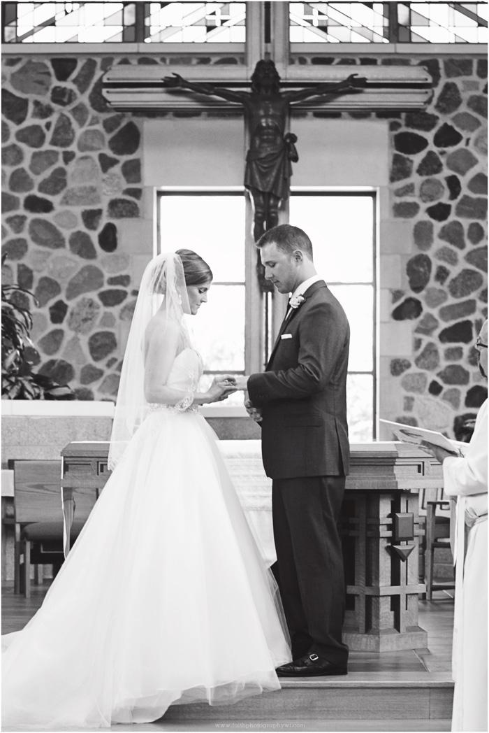 wedding-photographers-waukesha-wi_0027