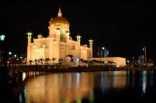Omar Ali Saifuddin Mosque-Brunei (10)