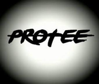 DJ Zinhle – Umlilo (Pro-Tee Gqom Remake) Ft. Mvzzle & Rethabile Mp3 Download