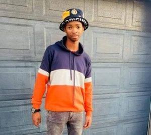 Jay R Ukhona & Delamighty – Sikhala Kuwe Mdali