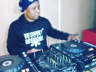Dj Malebza – House Music According To Kquesol