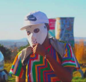 Kelvin Momo – Two Faced