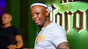 DJ Tira – lockdown house party mix