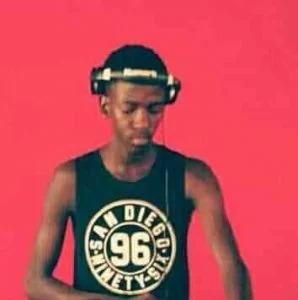 Happy Que – Oxamu Busi Mhlongo (Vocal Touch)
