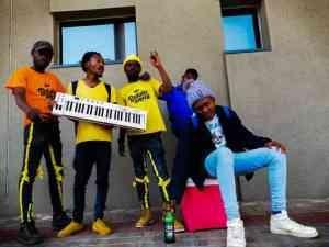 Tee & Cee – Mkhonto (Deeper Mix) ft. Rojah D'Kota, GiftSoul SA & Wiizard