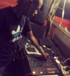 Czwe & BlackDust Our Anthem Mp3 Download