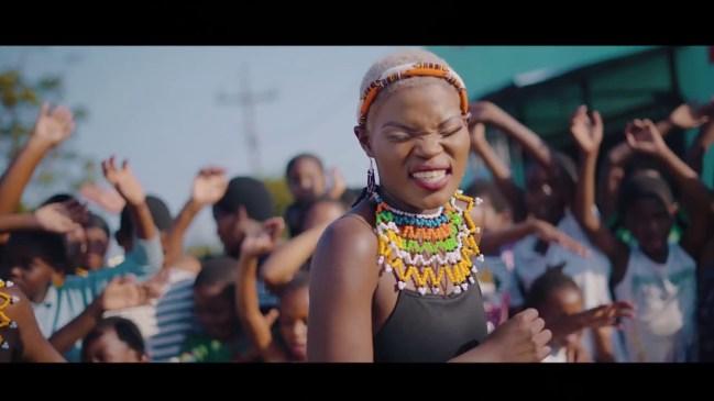 Q Twins Ntencane & Dj Tira Laba Abantu Video Download