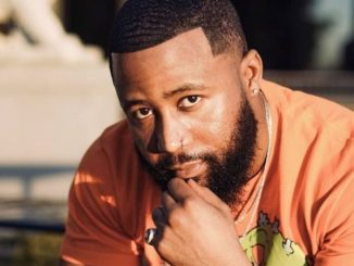 Check Out Pictures Of Cassper Nyovest Celebrating Mother's Birthday.
