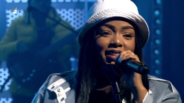 DOWNLOAD Shekinah Different / Please Mr (Medley) Video