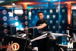 DOWNLOAD Dj Stokie ExclusiveTV Kasi Hero Mix Mp3