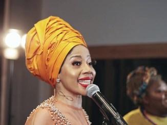 Kelly Khumalo ft Hlengiwe - Esphambanweni (Acoustic)