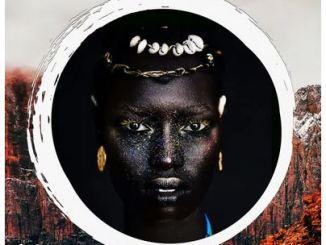 Selomi & Gift Mugwidi – Mbira