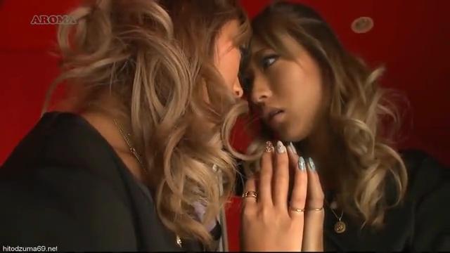 鏡キスで偽双子妄想に興奮する。