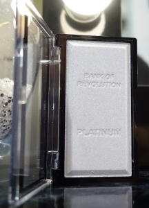bank-of-revolution-ingot-platinum-highlighter
